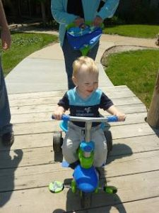 Tricycle, Tricycle, go so fast!