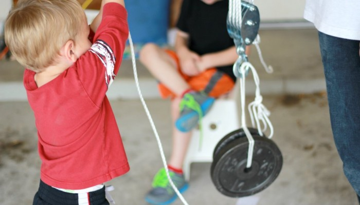 Physics for Kids: Pulleys and Weights and Simple Machines