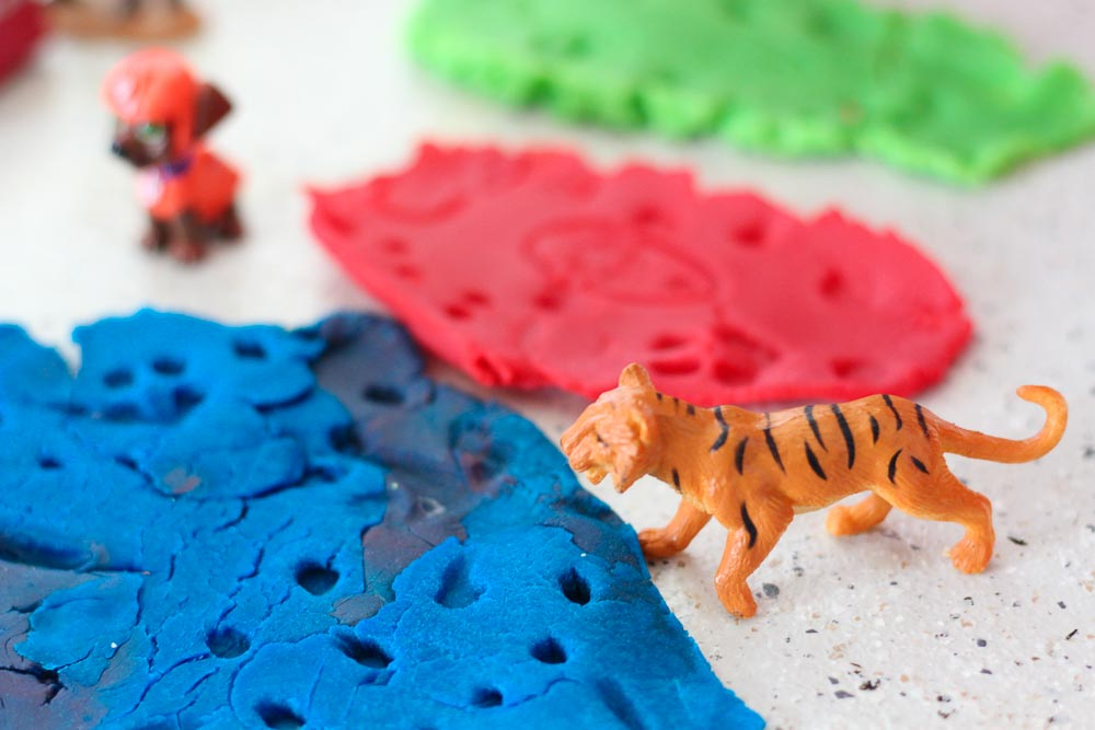 fossil-making-play-dough-20