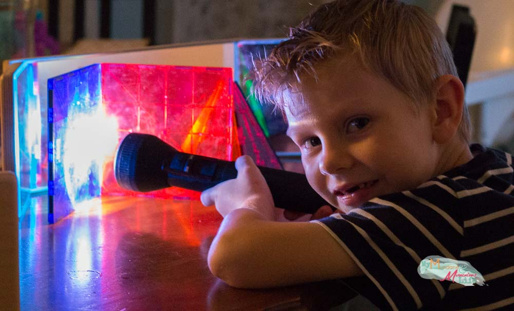 mirror-and-light-science-experiments-for-preschoolers-8