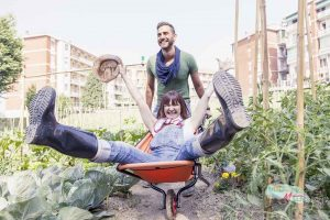"""5 Reasons """"The Man"""" Doesn't Want You Gardening"""