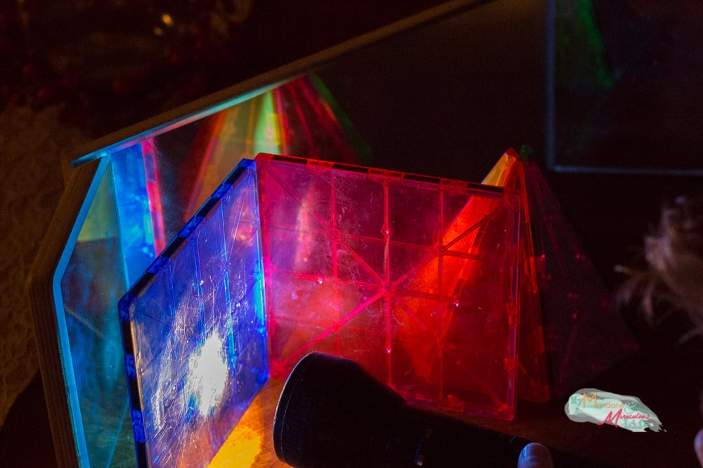 mirror-and-light-science-experiments-for-preschoolers-6