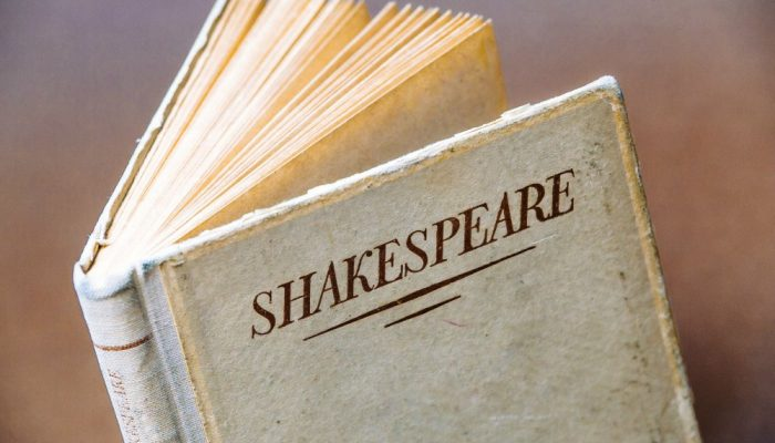 How to ENJOY Bringing Shakespeare into Your Homeschool Routine